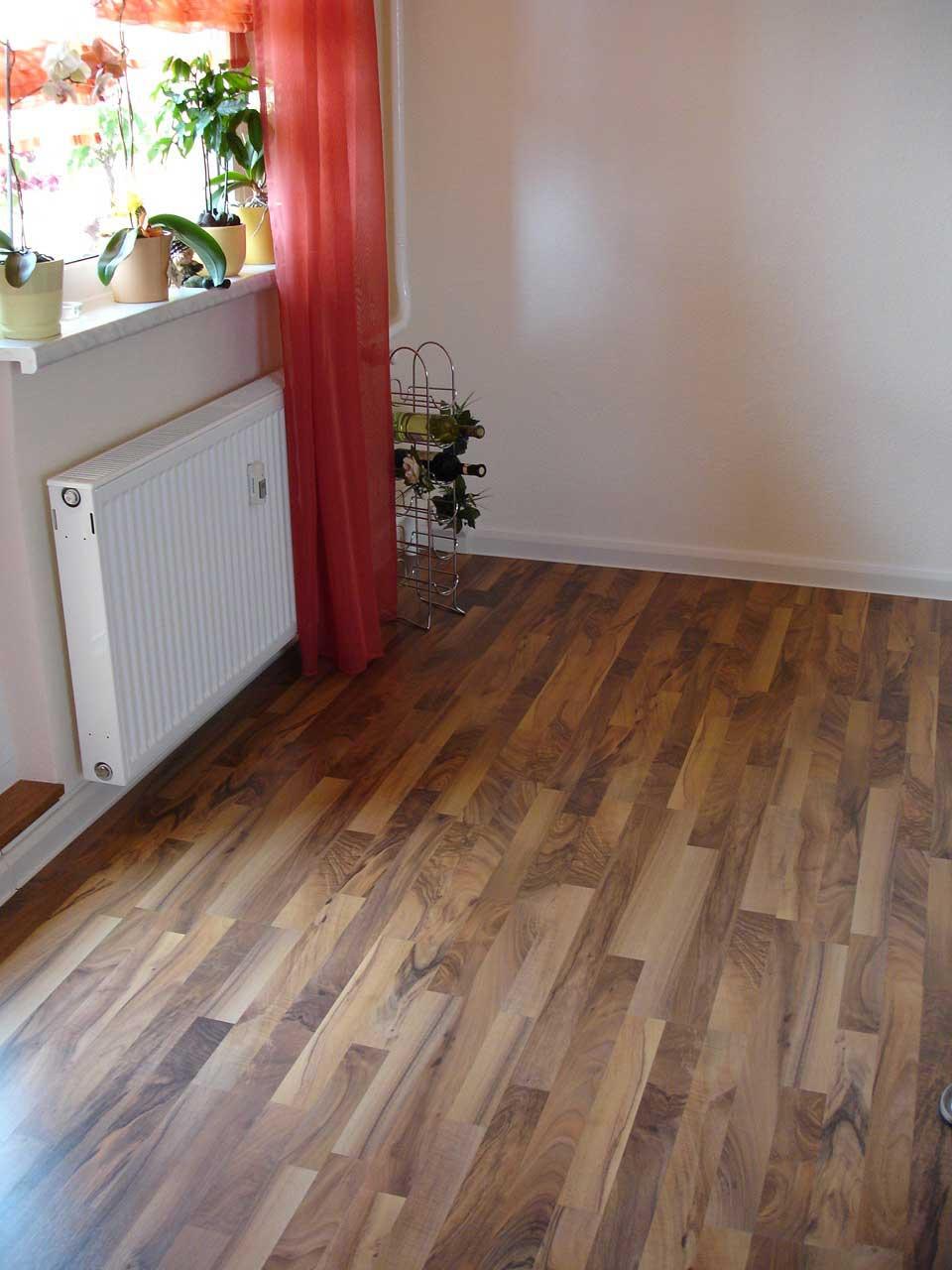 parkettlegermeister j rg schraps laminat. Black Bedroom Furniture Sets. Home Design Ideas
